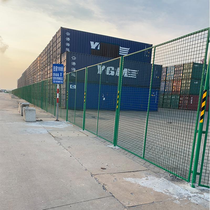 石狮市华锦港码头浸塑网隔离护栏