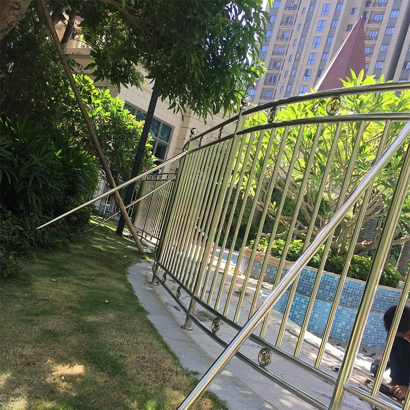 石狮市恒大名都游泳池不锈钢护栏