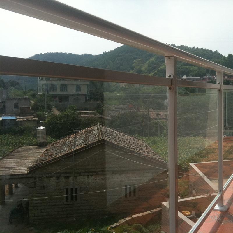 阳台玻璃护栏