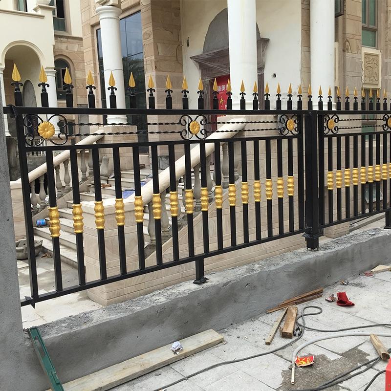 不锈钢铁艺栏杆